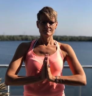 Carola Pluut | YogabyCarola